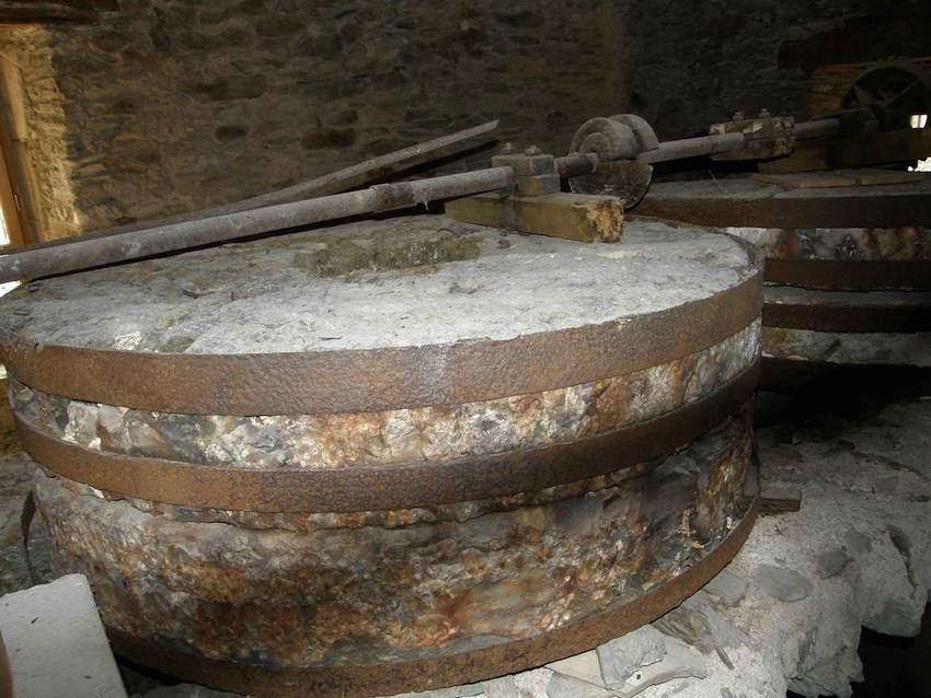 Meules du moulin de Pignac