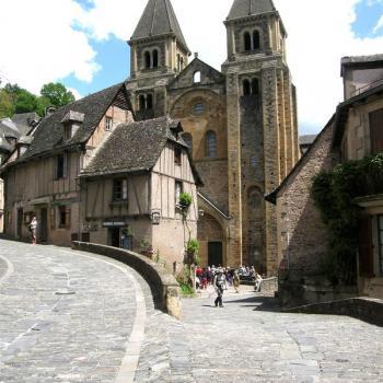 Place de l'Abbatiale Saint-Foy